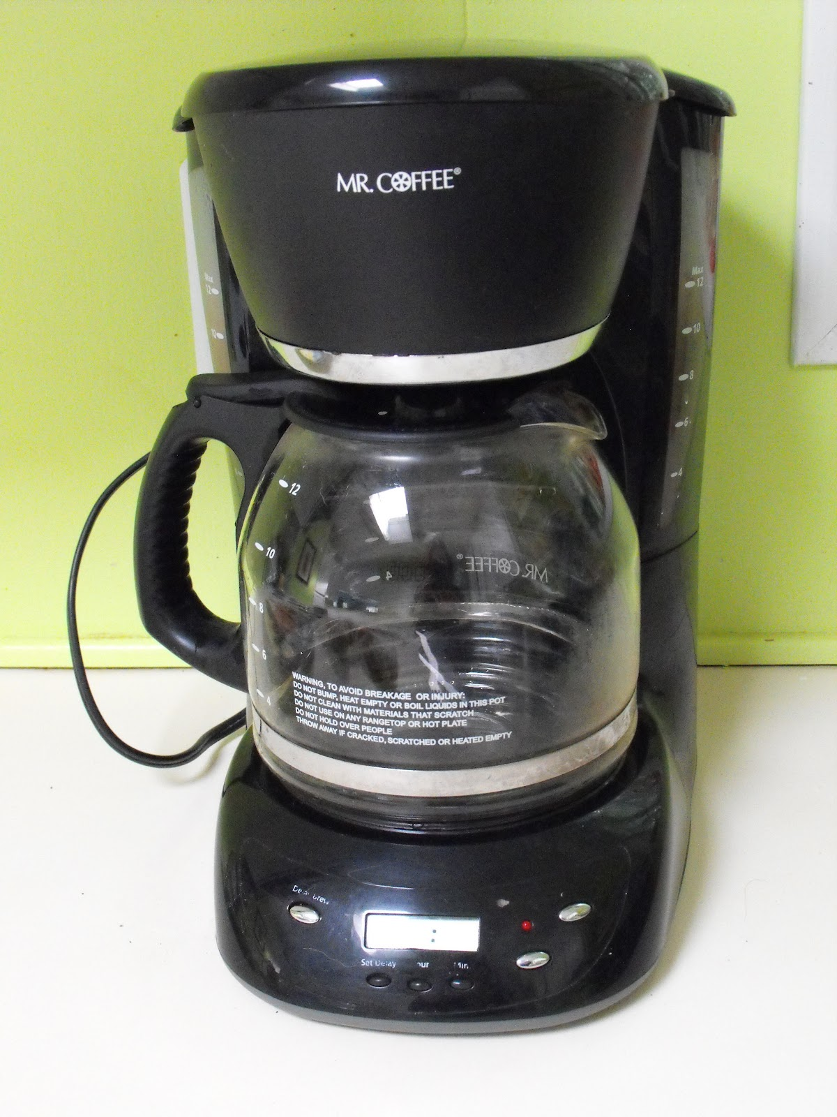Coffee Pot Stains Cleaning : Green Clean your Coffee Pot - Crafty Little Gnome