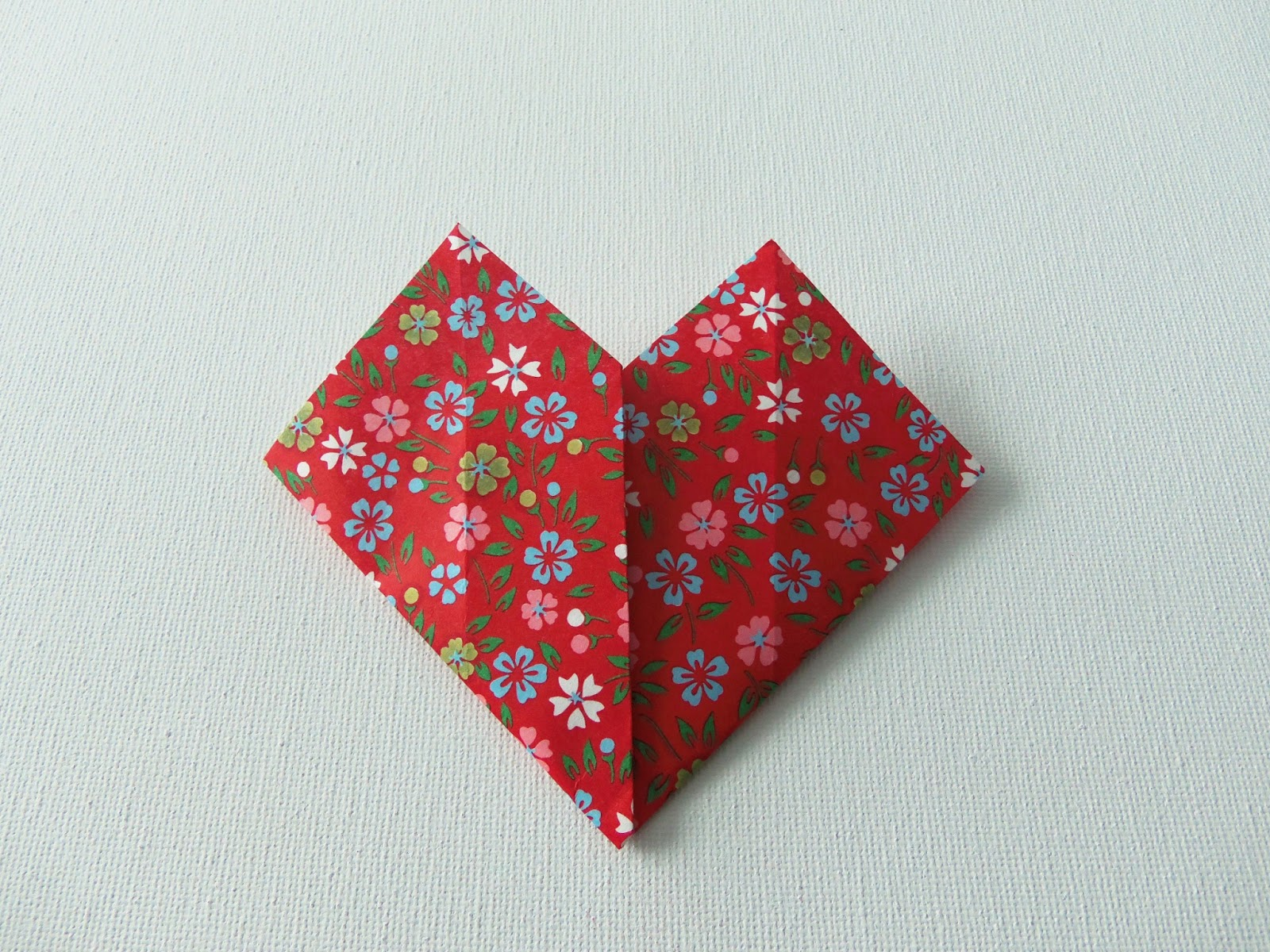 Easy Origami Hearts - Crafty Little Gnome - photo#30